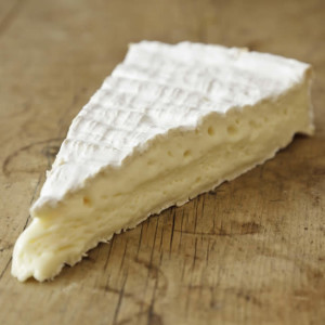 French-brie-de-meaux-cheese